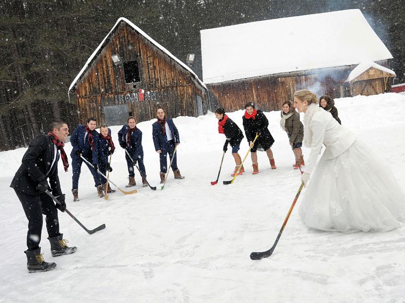 mariage d'hiver et hockey sur glace au Grand Lodge Tremblant