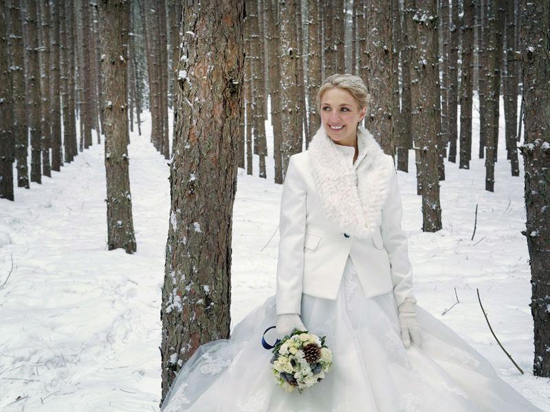 photo de la mariée dans les bois du Mont-Tremblant