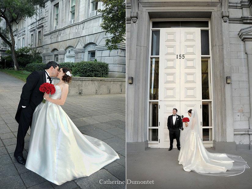 les mariés seuls dans le Vieux-Montréal
