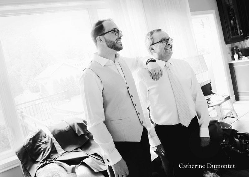 le marié et son papa bien fier