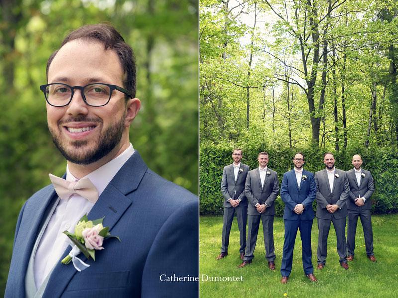 le marié avec ses garçons d'honneur