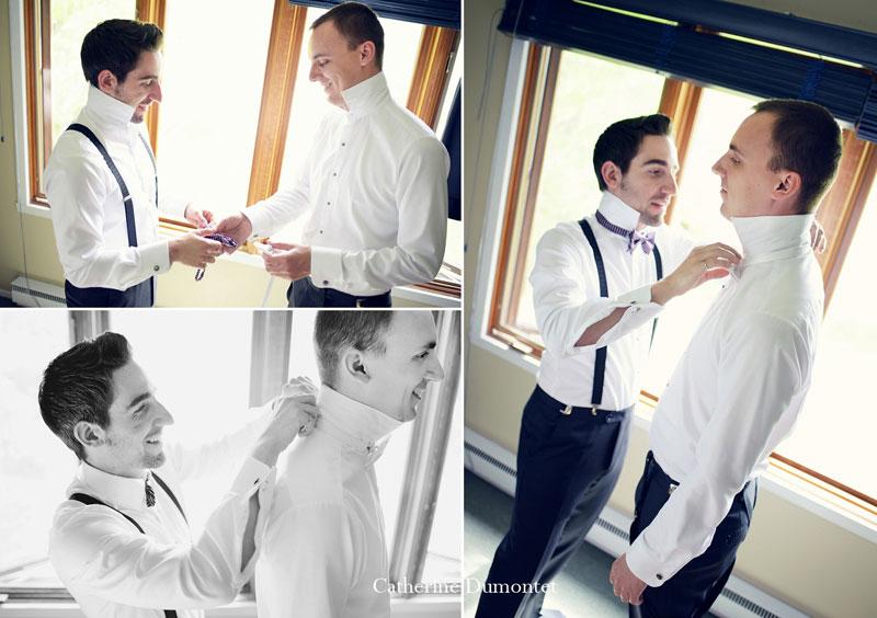 Le garçon d'honneur aide le marié à s'habiller