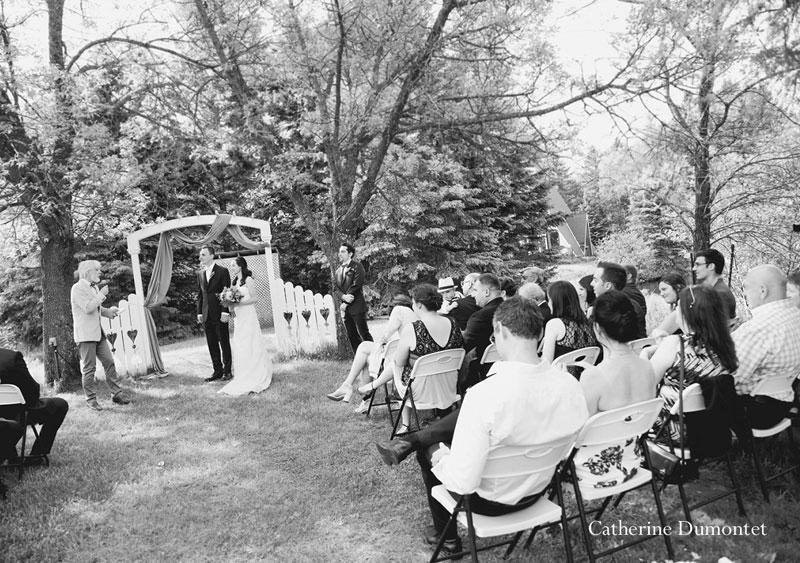 cérémonie extérieure à l'Auberge du Vieux Foyer