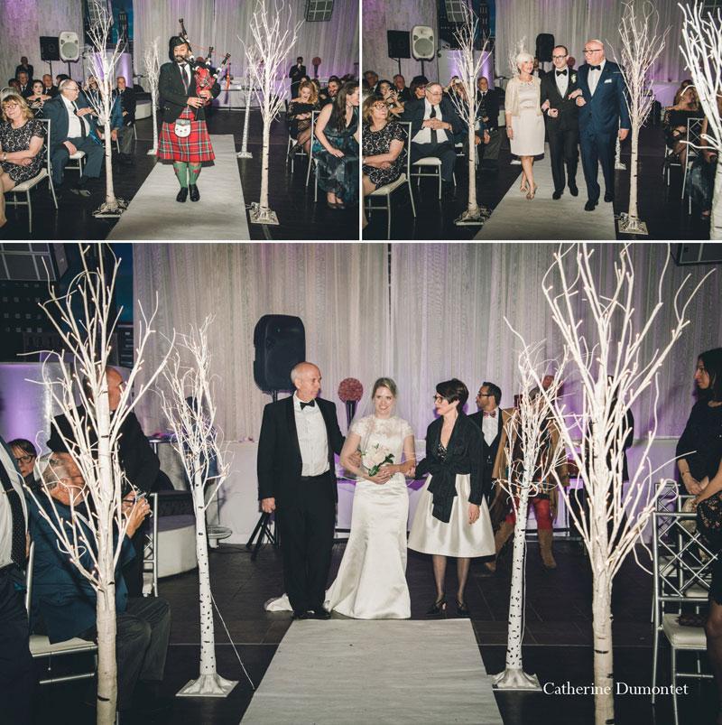 Arrivée des mariés pour la cérémonie