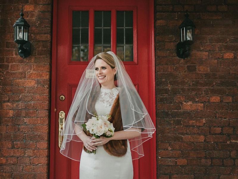 La mariée partant de chez sa mère