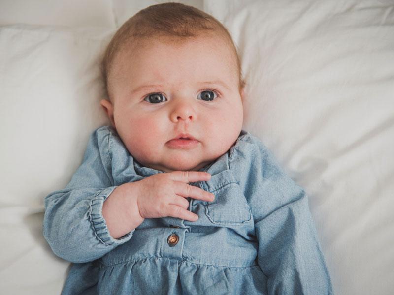 photographie de bébé de 3 mois