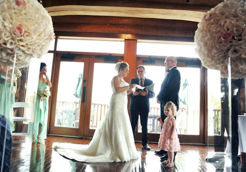cérémonie de mariage intérieure au Grand Lodge