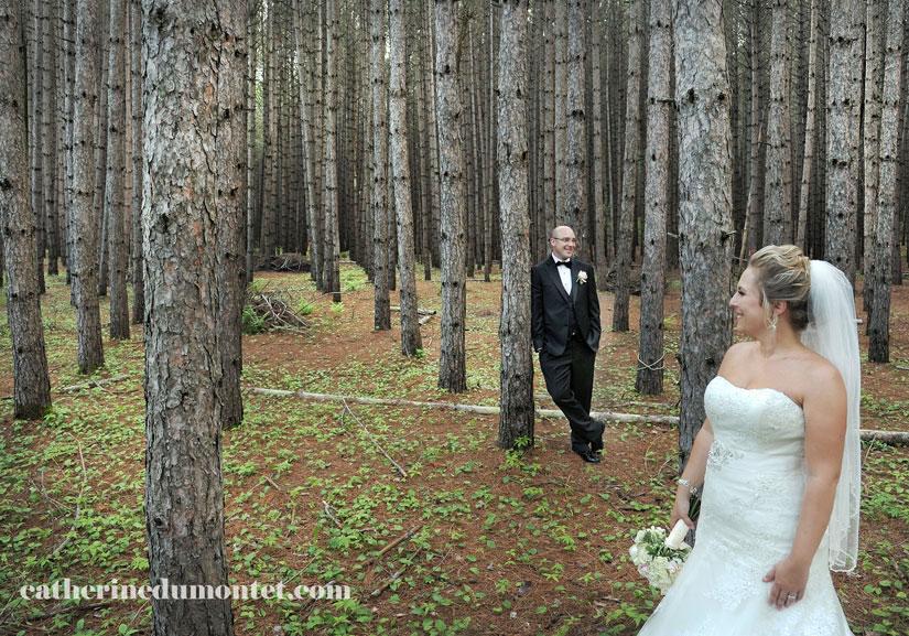 Les mariés dans la forêt du Grand Lodge
