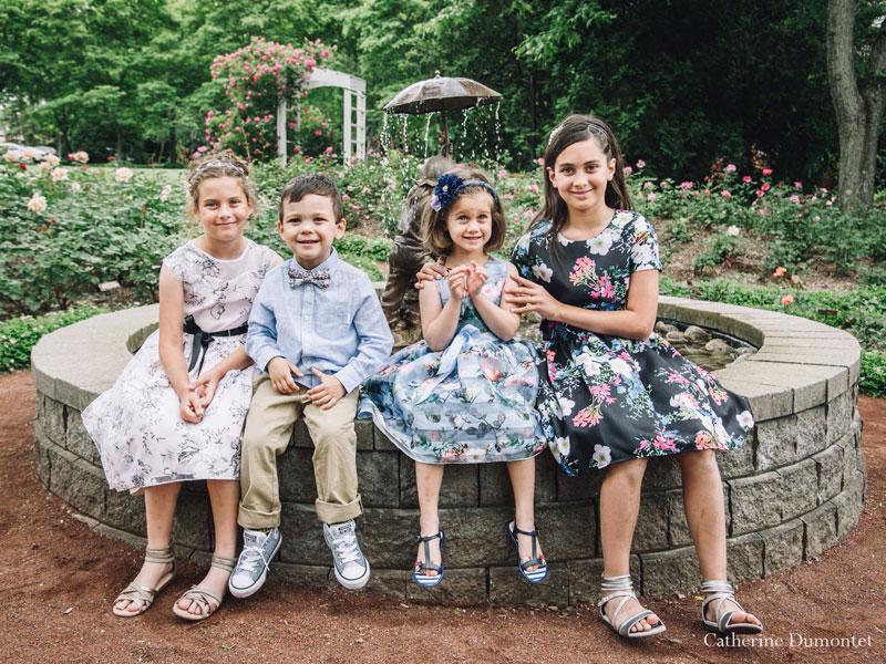 cousin cousines dans la roseraie