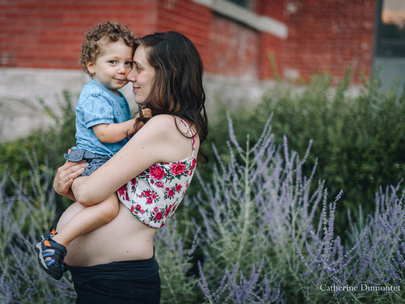 Photos de maternité avec enfant 2 ans