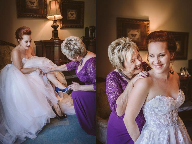 préparation de la mariée avec sa mère