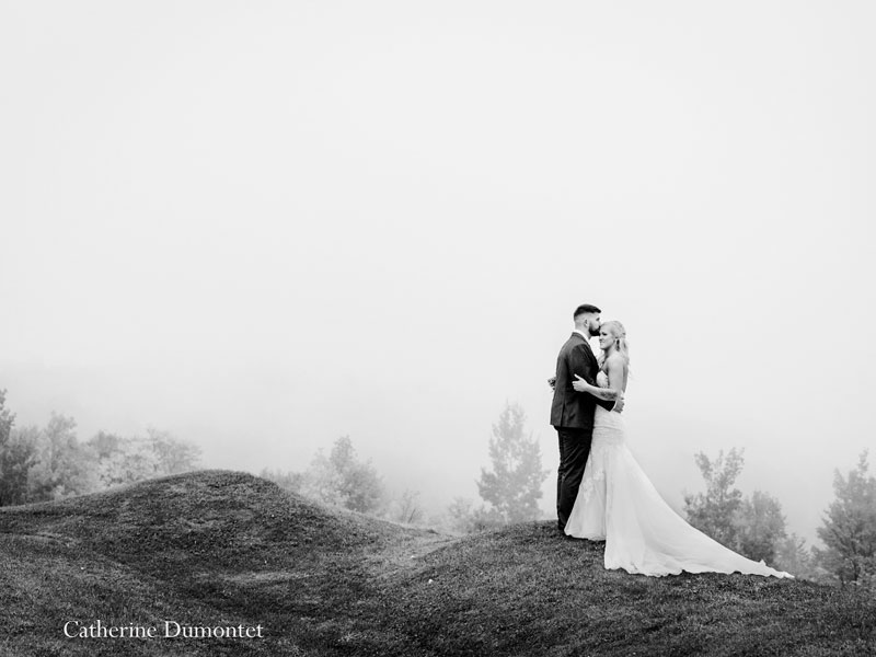 Newlyweds at the top of Mont Gabriel