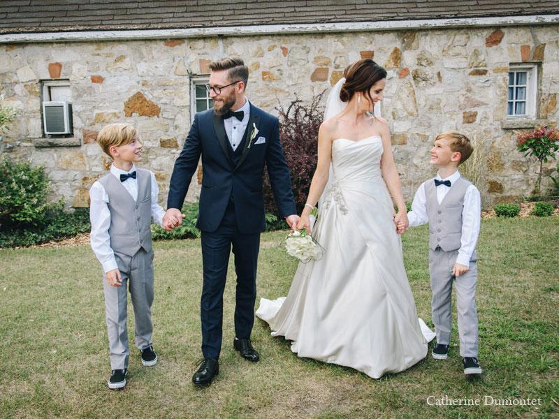 Les mariés avec leurs enfants