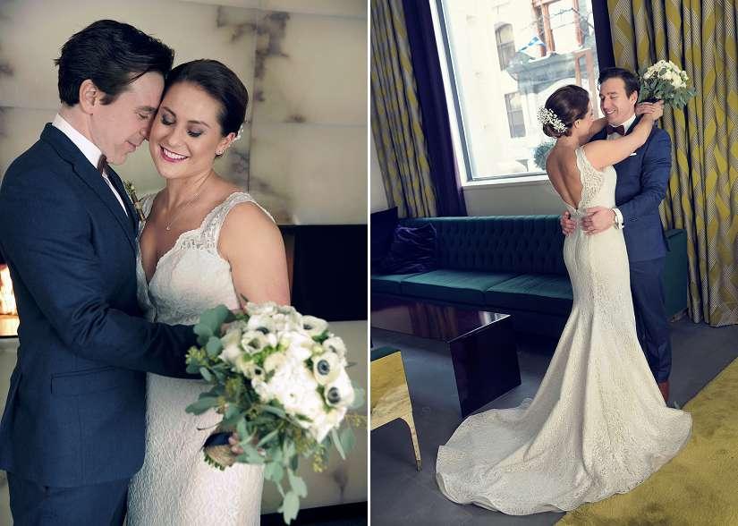 les mariés enlacés à l'Hôtel St-Paul de Montréal