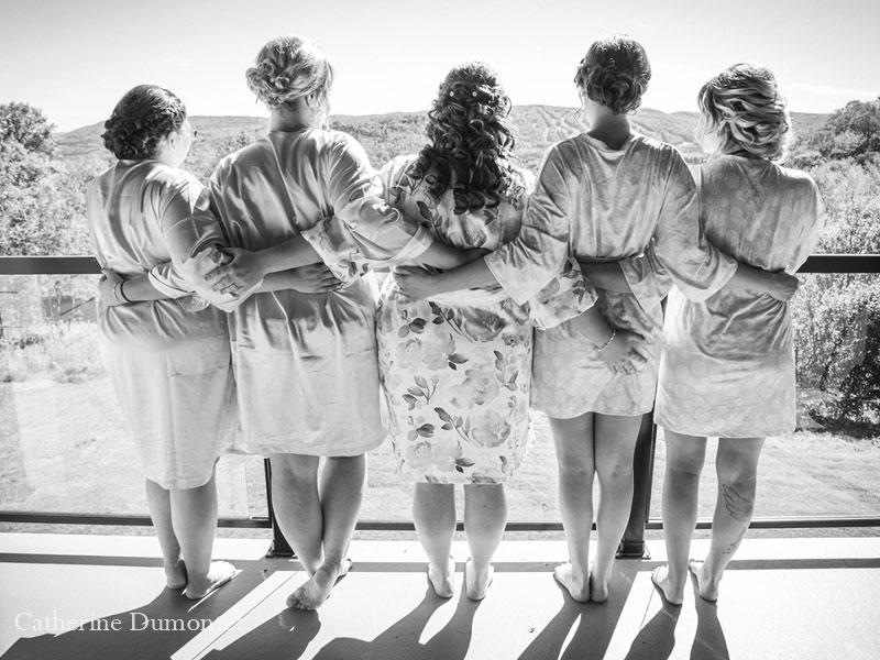 la mariée et ses filles d'honneur