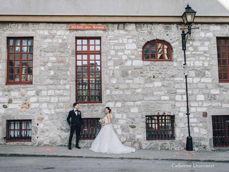 les mariés dans le Vieux-Port
