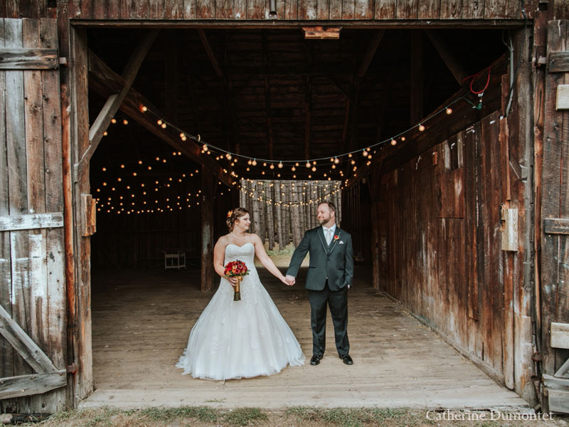 bride and groom at Le Grand Lodge Mont-Tremblant