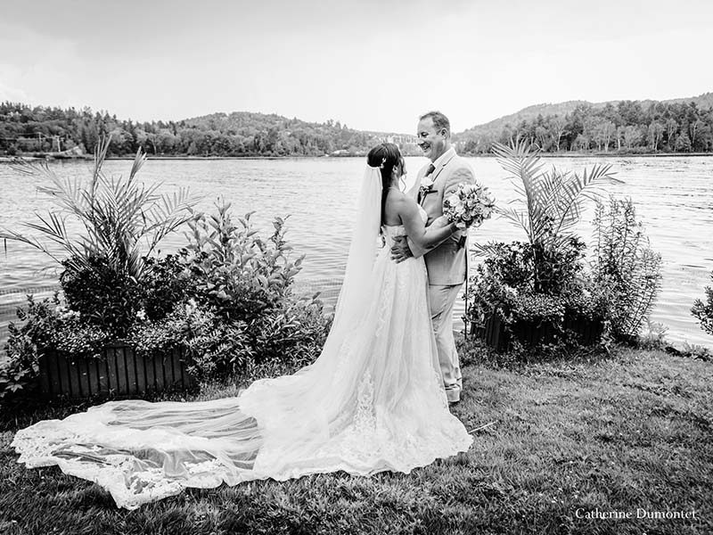 newlyweds at Hotel Quintessence