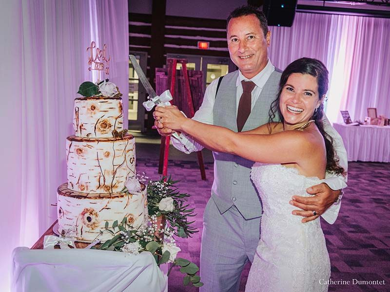 cake cutting at Grand Manitou Mont-Tremblant