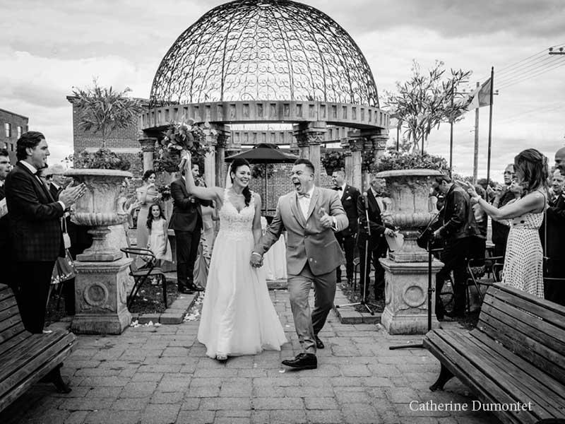 La sortie des mariés à l'Ambroisie et l'Espace Canal