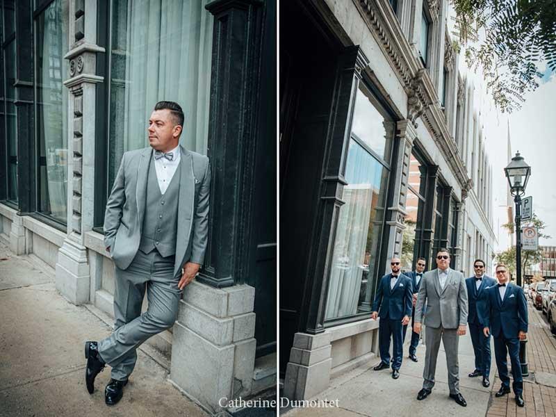 Le marié et garçons d'honneur dans le Vieux-Montréal