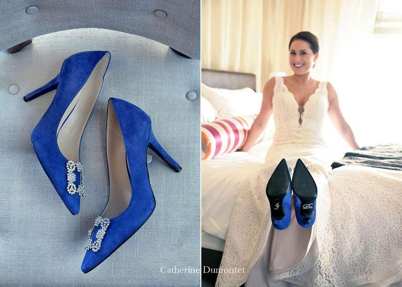 la mariée avec ses chaussures bleues I Do
