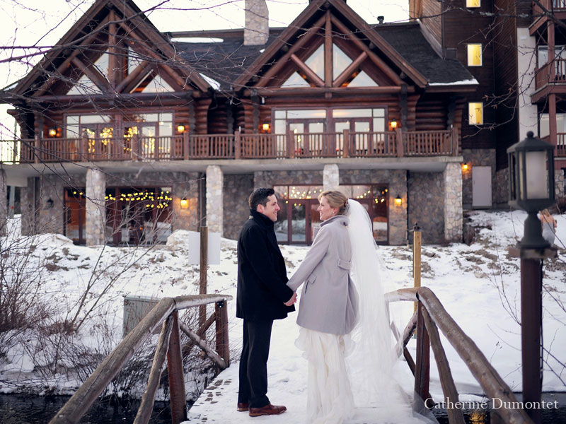the newlyweds in front of Grand Lodge Mont-Tremblant