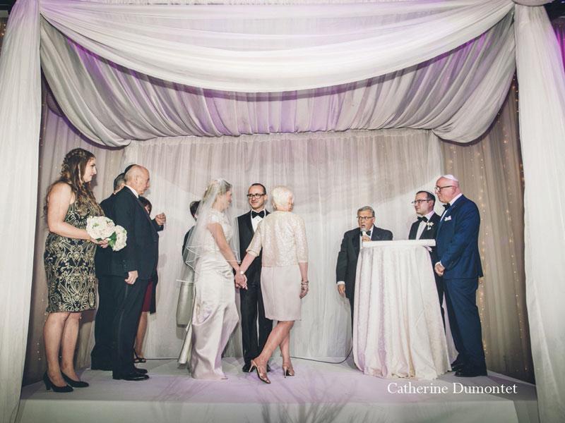 La mariée tourne 7 fois autour du marié