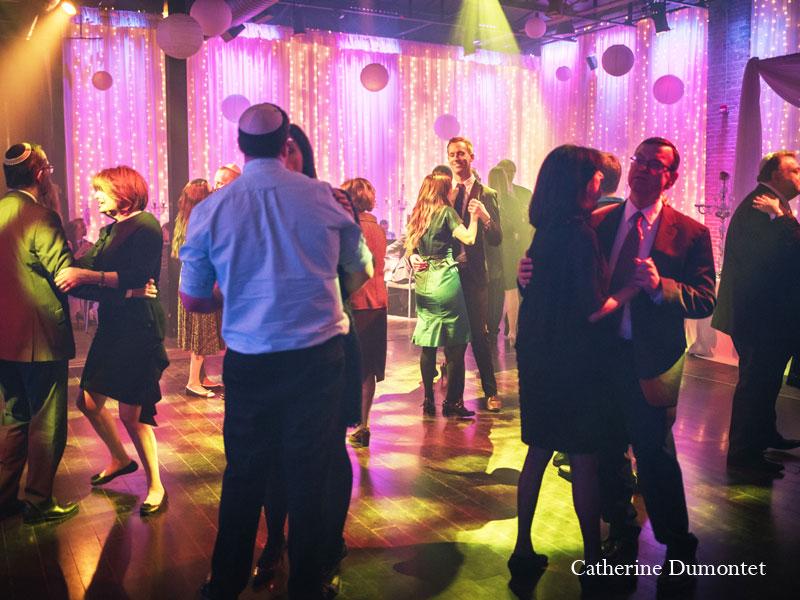 Danse avec les invités au Living Room