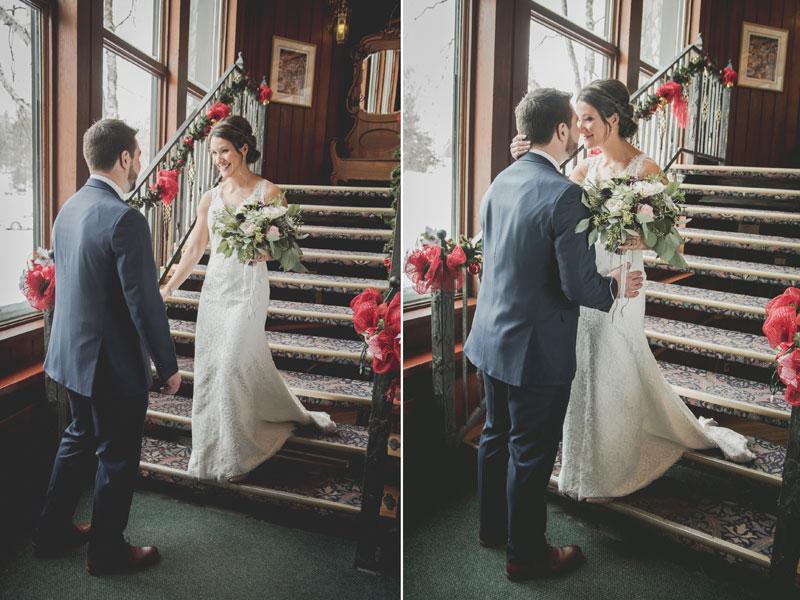 First look des mariés dans le hall du Mont-Gabriel