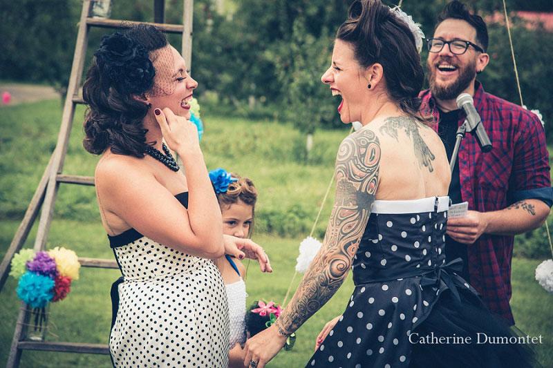 les mariées échangent leurs voeux