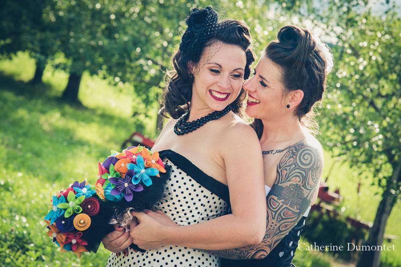 mariage gay dans les vergers du Jude-Pomme
