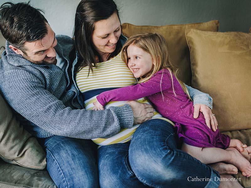 Photos de famille et de maternité à l'intérieur