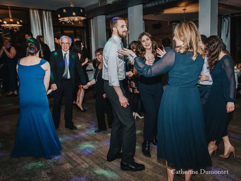 Danse en soirée au Vieux-Port Steakhouse