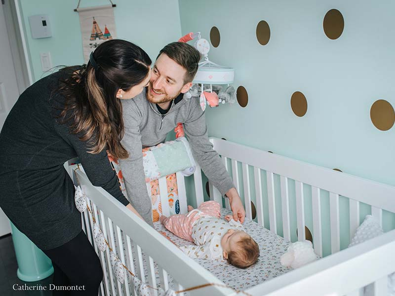 photo de bébé à la maison
