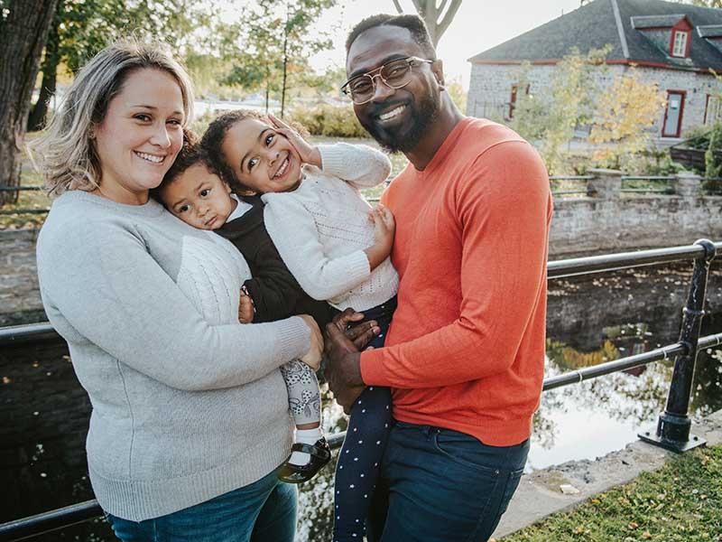séance photo de famille au Canal Lachine